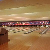 Photo taken at Bowlingpaleis by Matthias B. on 6/27/2012