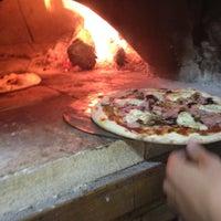 Photo prise au Pizza Première par David T. le3/30/2012