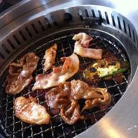 Photo taken at AKA USHI - Japanese Grill & Sushi by 👗Lookzo👜Za👠 on 6/4/2012