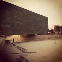 Foto tomada en Museo de la Memoria y los Derechos Humanos por Miguel O. el 5/19/2012