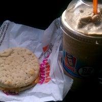 Photo taken at Dunkin Donuts by ❤💋Takeisha D'Lysha👄💘 B. on 7/30/2012