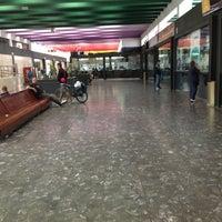 Foto tomada en Estación de Autobuses de Santiago por Victor B. el 7/11/2012