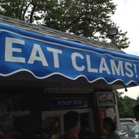 Photo taken at Bob's Clam Hut by Dario M. on 7/7/2012