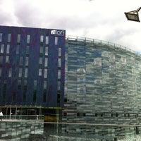 Photo taken at Aloft London ExCeL by Katya K. on 5/11/2012
