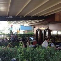9/3/2012 tarihinde GökmeN B.ziyaretçi tarafından Funda Cafe & Patisserie'de çekilen fotoğraf