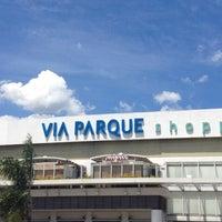 Photo prise au Via Parque Shopping par Lucia Q. le2/15/2012