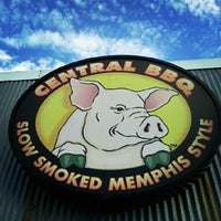 Photo taken at Central BBQ by Witt A. on 7/28/2012