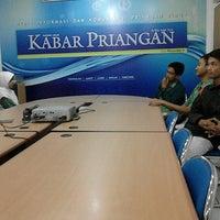 Photo taken at Kabar Priangan by Duddy R. on 9/6/2012