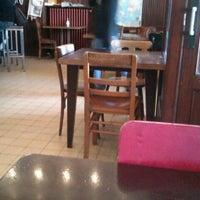 Photo prise au Recyclart par Luc M. le4/13/2012