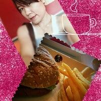 Photo taken at KFC by Sirisuda S. on 8/24/2012