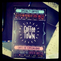 Photo taken at Coffee Town by Pablo E. P. on 9/13/2012