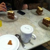 Foto tomada en El Cafè de la Mirta por Claudia G. el 3/17/2012