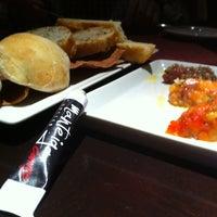 Photo taken at Canvas Bar & Restaurant by Gustavo S. on 6/16/2012
