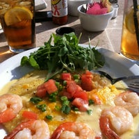Photo taken at B. Matthews Eatery by Lezlie W. on 4/9/2012