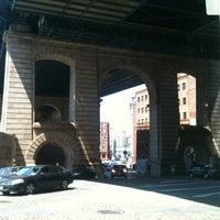 6/15/2012에 Emily M.님이 Under the Bridge에서 찍은 사진