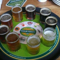 Photo prise au Laurelwood Public House & Brewery par Joseph M. le6/7/2012