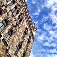 Снимок сделан в Quinta Casa de Correos (Palacio Postal) пользователем Carlos C. 7/15/2012