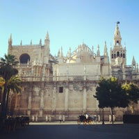 8/29/2012에 ★la_hojuela★님이 383. Cathedral, Alcázar and Archivo de Indias in Seville (1987)에서 찍은 사진