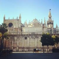 8/29/2012 tarihinde ★la_hojuela★ziyaretçi tarafından 383. Cathedral, Alcázar and Archivo de Indias in Seville (1987)'de çekilen fotoğraf