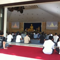 Photo taken at Vihara Theravada Buddha Sasana by Dhana Putra 龐. on 8/26/2012