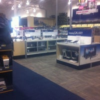 Photo taken at Best Buy by Julio C. on 8/8/2012