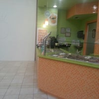 Photo taken at Yogli Mogli - Town Center by Dwayne K. on 9/7/2012