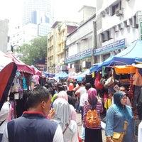 Photo taken at Jalan Tuanku Abdul Rahman (TAR) by Nik Aidil N. on 8/4/2012