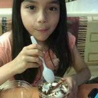 Photo taken at Burger King by Norbie N. on 7/14/2012