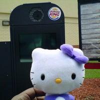 Photo taken at Burger King by Renata T. on 8/30/2012