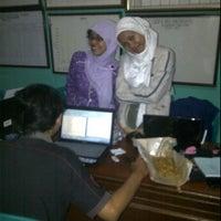 Photo taken at Kantor Kecamatan Ngaliyan Semarang by Tony O. on 2/9/2012
