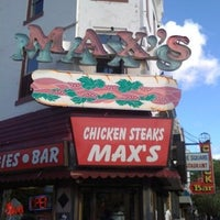 Photo taken at Max's Cheese Steaks by Vivian M. on 5/19/2012