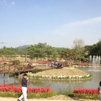Photo taken at 대청호 자연생태관 by Kanghi Y. on 5/5/2012