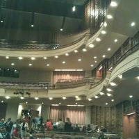 Foto tirada no(a) Sandler Center for the Performing Arts por Michael G. S. em 5/2/2012