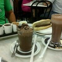 Photo taken at Chocolateria Valor Zaragoza by Marivi G. on 8/4/2012