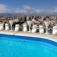 Foto tomada en AC Hotel Malaga Palacio por Helen K. el 8/31/2012