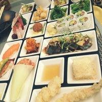 Photo taken at Oishii Boston by Mayuree P. on 8/24/2012