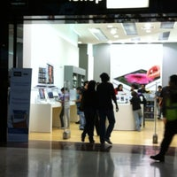 Photo taken at iShop Mixup by Mario Abel A. on 8/5/2012