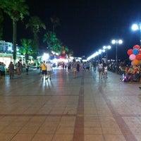 7/28/2012 tarihinde Merveziyaretçi tarafından Akçay Kordon'de çekilen fotoğraf