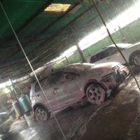 Photo taken at Servicios Extreme Cars, C.A by JohnGuerrero on 8/17/2012