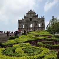 Photo taken at Ruins of St. Paul's by Num K. on 5/4/2012