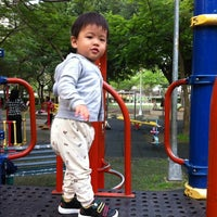 Photo taken at 中原公園 by Bevis L. on 4/10/2012
