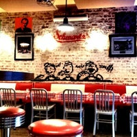 Photo taken at Schwartz's Deli by vlora m. on 7/24/2012