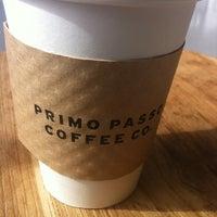 Снимок сделан в Primo Passo Coffee Co. пользователем DAN C. 4/29/2012