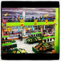 Photo taken at Extra Hiper by Anderson S. on 8/26/2012