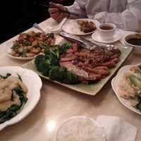 Photo taken at Lucky Eight 同樂小炒皇 by Elaine C. on 4/8/2012