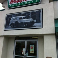 Photo taken at Krispy Kreme Doughnuts by Stefanie on 5/23/2012