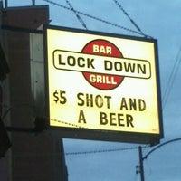 Foto diambil di Lockdown Bar & Grill oleh Rob F. pada 4/28/2012