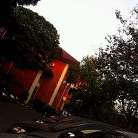 Photo taken at Fakultas Ekonomi dan Bisnis by Darda U. on 7/7/2012