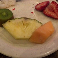 Photo taken at King Buffet by Jacquelynn H. on 5/27/2012