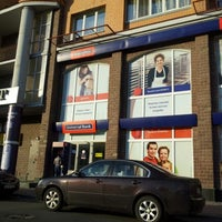 Photo taken at Universal Bank by Юрий С. on 5/15/2012
